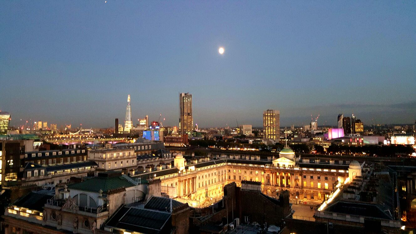 radio rooftop bar it will leave you spellbound silver spoon i have many reviews about radio other popular places in london on issues like entry refusal by staff rude behaviour towards walk in guests
